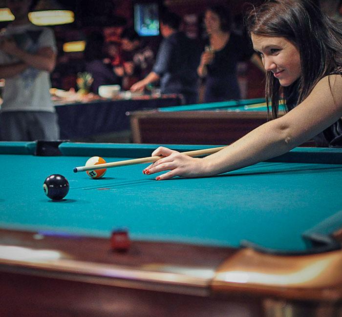 home_billiard_img3
