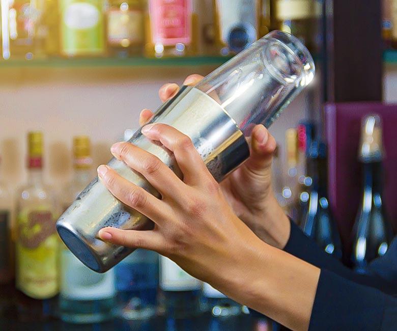 barman-home-shaker